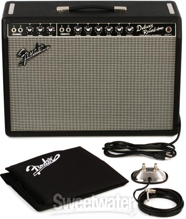 Titanic Tone from Diminutive Amps | Sweetwater