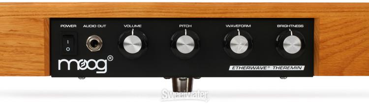 Moog Etherwave Standard Theremin Review | Sweetwater