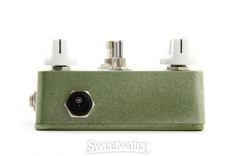 wampler nirvana chorus vibrato pedal demo sweetwater. Black Bedroom Furniture Sets. Home Design Ideas