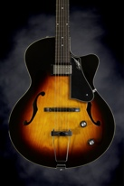 Godin 5th Avenue Composer GT (Sunburst)