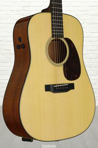 Martin D-18E Retro, Dreadnought, Acoustic/Electric, Natural