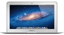 Apple MacBook Air (11-inch: 128GB)