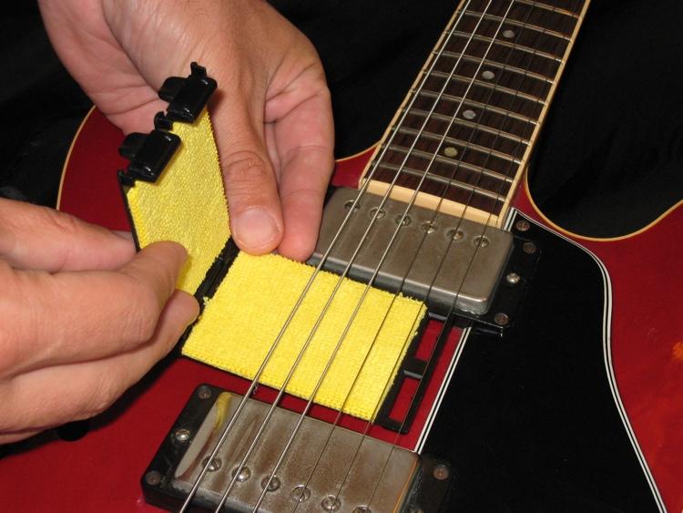 do you buy your stings in bulk page 2 fender stratocaster guitar forum. Black Bedroom Furniture Sets. Home Design Ideas