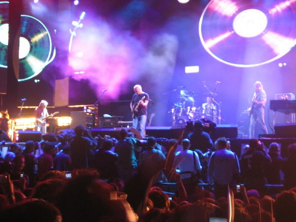 Pink Floyd performs at Live 8 London