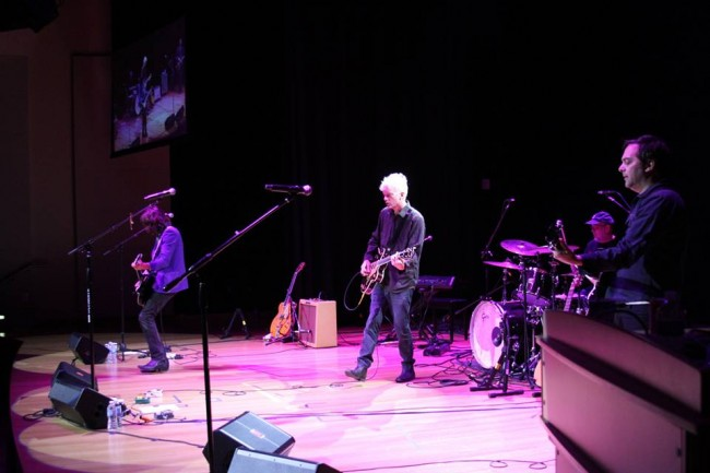 Fountains of Wayne closes GearFest 2013 with an awesome live set featuring Cheap Trick's legendary Bun E. Carlos on drums.