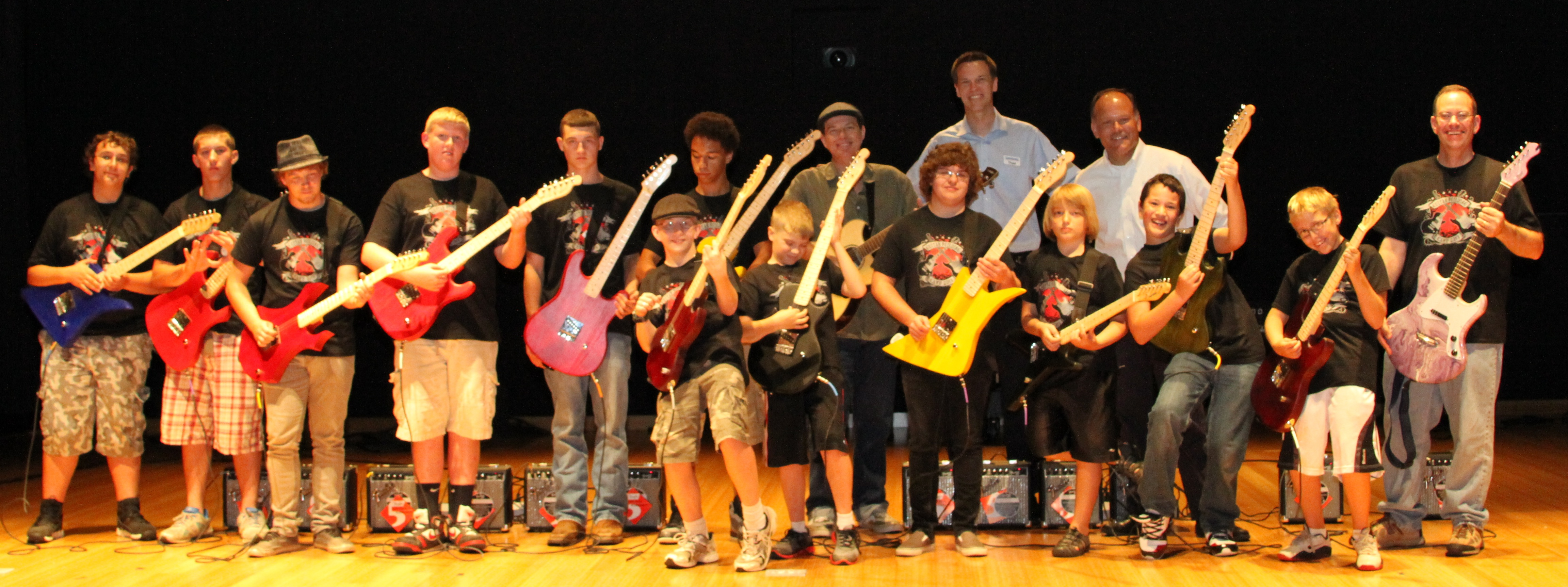 Budding Guitar Builders Visit Sweetwater