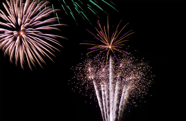 800px-New_Year's_Fireworks_(Imagicity_132)