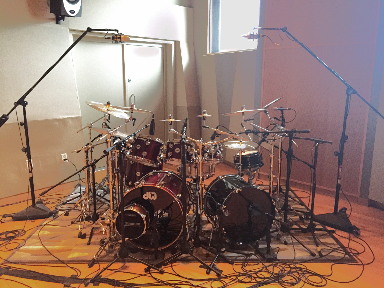 Miking A Drum Kit : how to mic drums for recording part 3 multiple microphones ~ Russianpoet.info Haus und Dekorationen