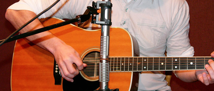 ribbon mics how they work and when to use them sweetwater. Black Bedroom Furniture Sets. Home Design Ideas