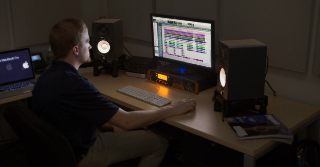 Studio Monitor Placement 5 Tips for Optimal Sound inSync