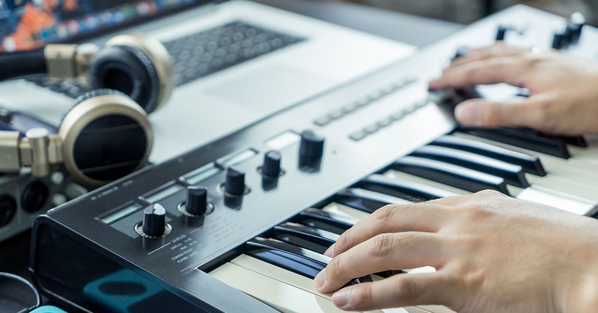 5 Cool Modern Songwriting Techniques | Sweetwater