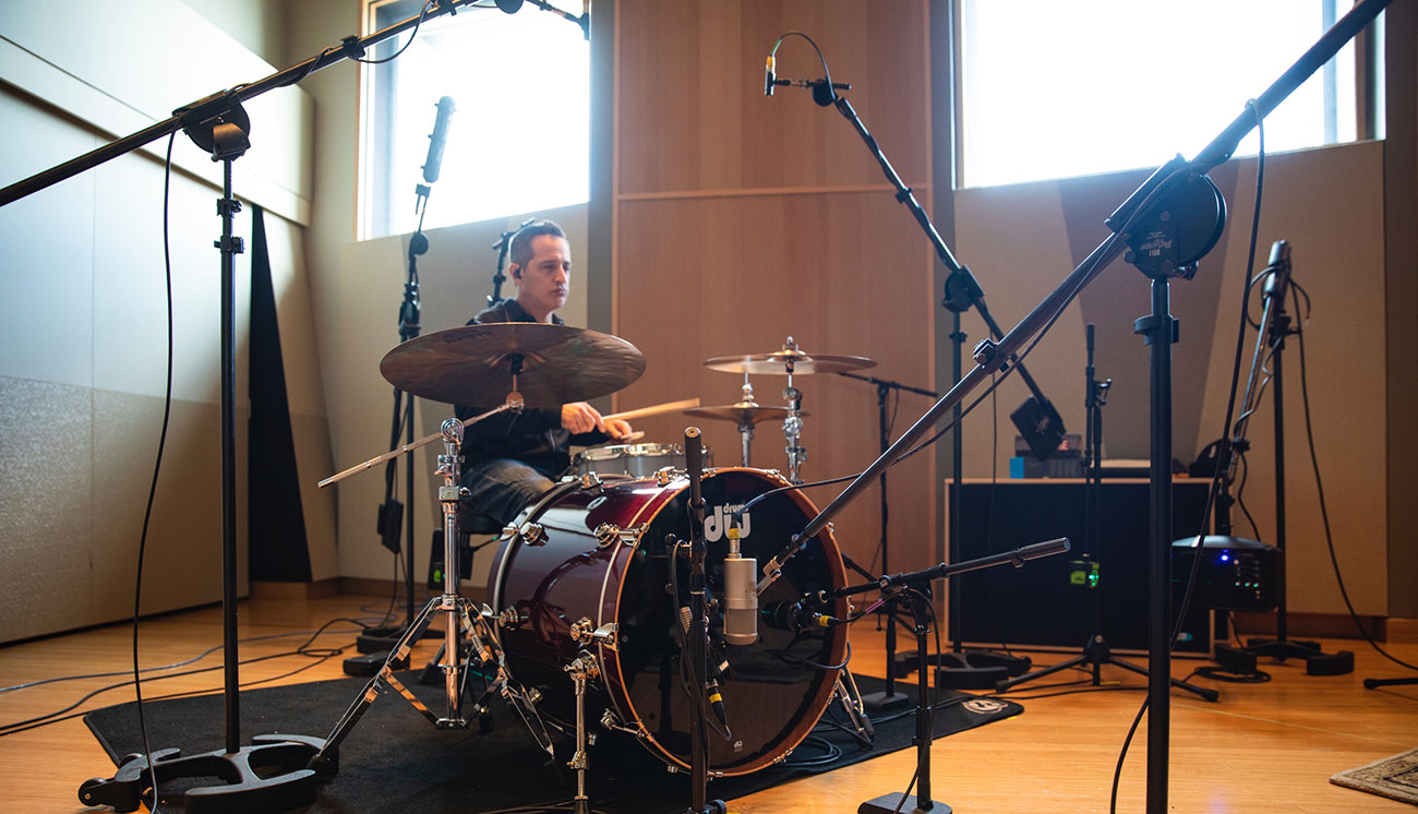 Kick Drum Mic Shootout – with Sound Samples | Sweetwater