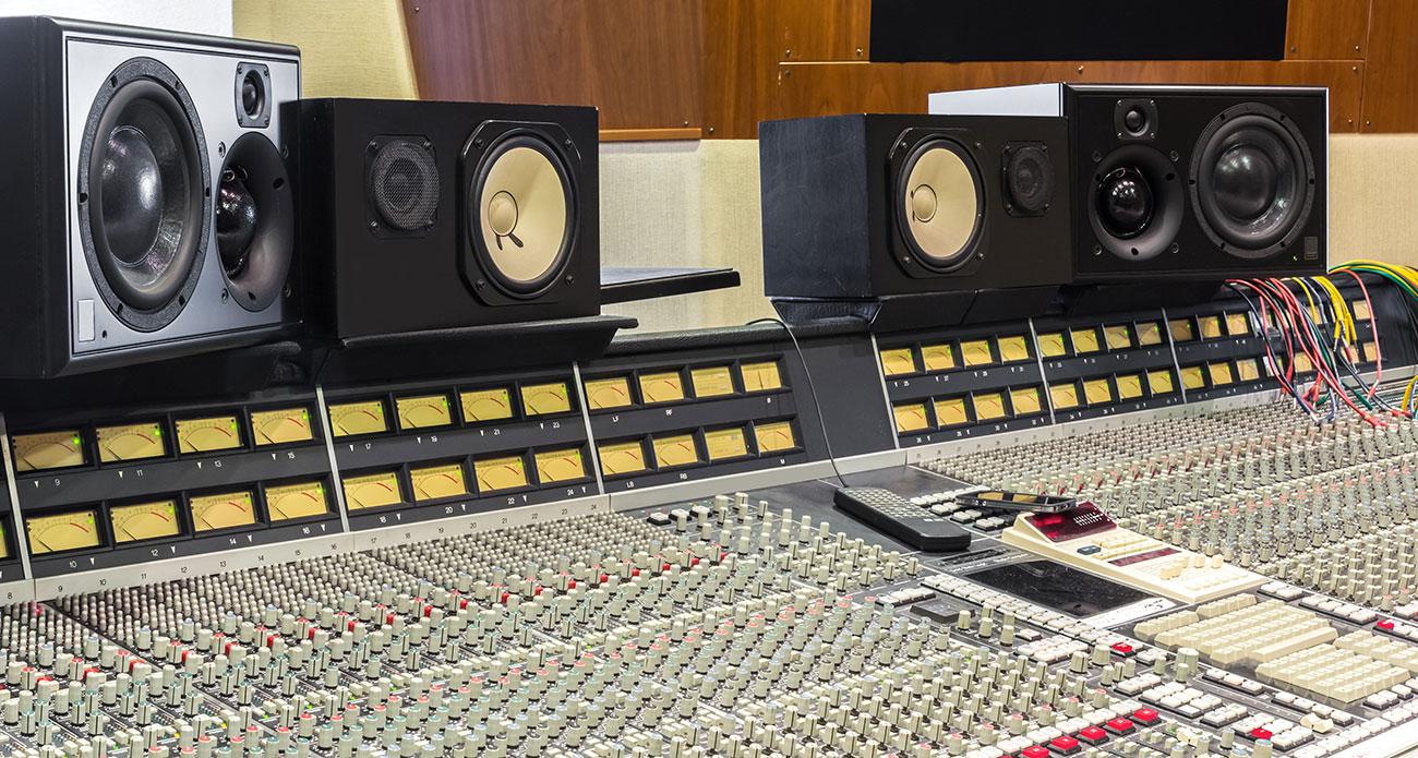 回味40年:经典调音台
