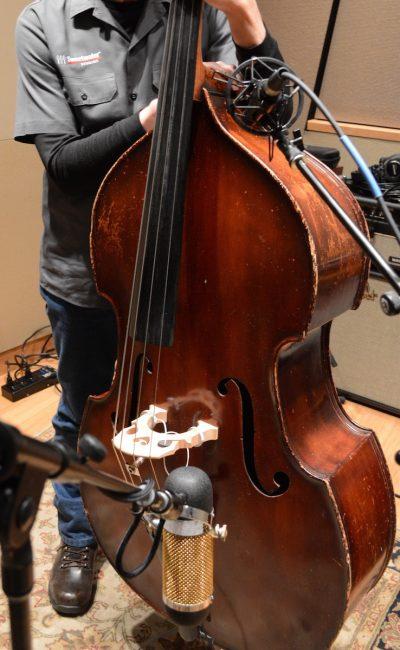 bass upright mic sound sweetwater aea choosing samples audio bottom