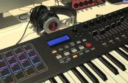 Akai Professional MPK2 Series Keyboard Controller Overview...