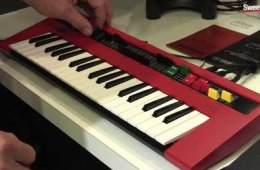 Summer NAMM 2015: Yamaha Reface YC Keyboard Demo by Sweetwater