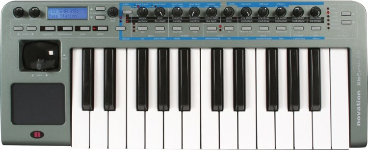 XioSynth25